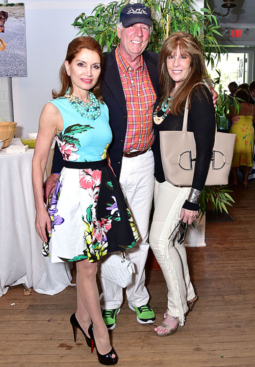 "Jean Shafiroff, Jonathan McCann, Jill Rappaport== The Southampton Animal Shelter Foundation and Jean Shafiroff Celebrate Third Annual ""A Taste of Wine""== Southampton Arts Center, Southampton== May 28, 2016== ©Patrick McMullan== Photo: Jared Siskin/PMC=="